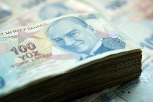 BDDK uyardı: Krediler bu yıl takibe düşmeyebilir
