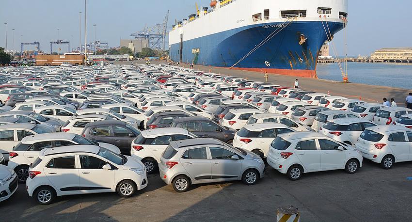 Otomotiv ihracatı umut veriyor