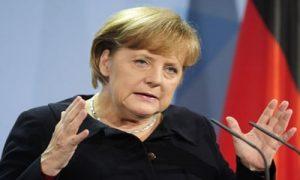 Merkel'in sözcüsü: Hamas'ın İsrail'e roket atması, terör saldırısıdır