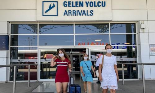 Rusya yasağı kaldırdı. ilk uçak Antalya'da