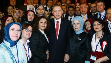 Cumhurbaşkanı Erdoğan, AK Parti Kadın Kolları toplantısında geleceğe dikkat çekti